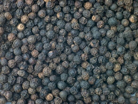 poivre noir biologique, organic black pepper